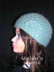 8e7a423ad6b Flowery hats in Ualda s World of Mad Hats   other Crazy Crochet